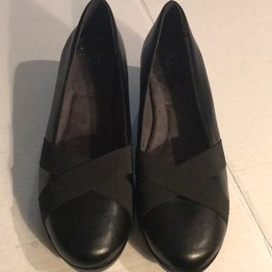 A2 by Aerosoles Black Wedge Pump Sz 10.5
